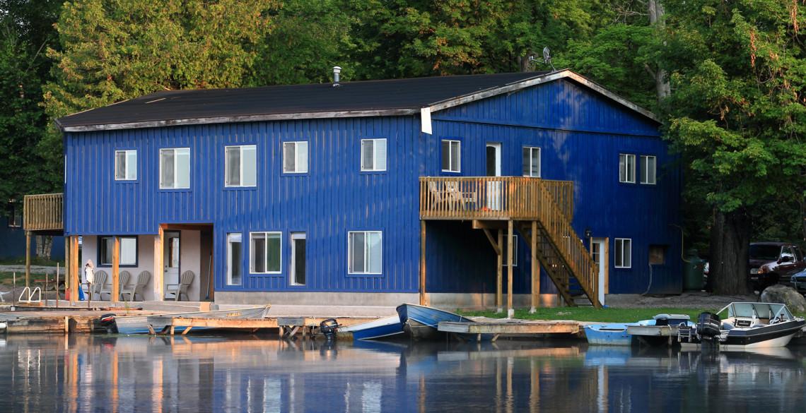 pigeon-lake-fishing-cottage